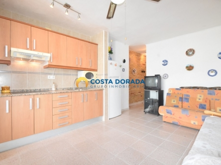 STUDIO APARTMENT FOR SALE A FEW METERS TO THE BEACH IN LA PINEDA